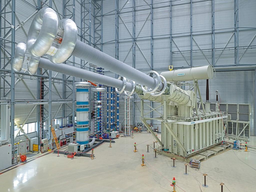 The world's first ±1,100 kV HVDC transformer passed testing