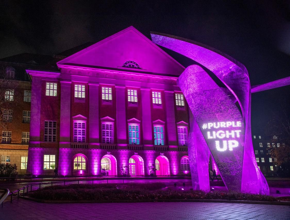 Siemens choose to light their building in Berlin in purple