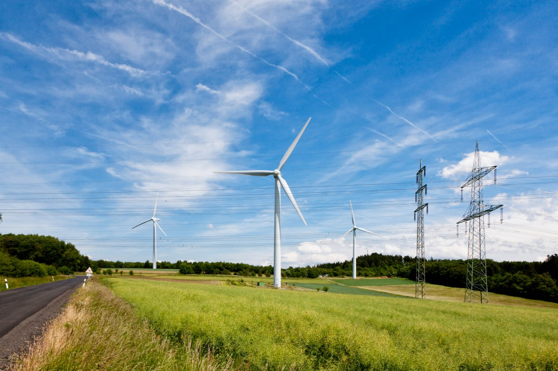 Wind energy and transmission lines