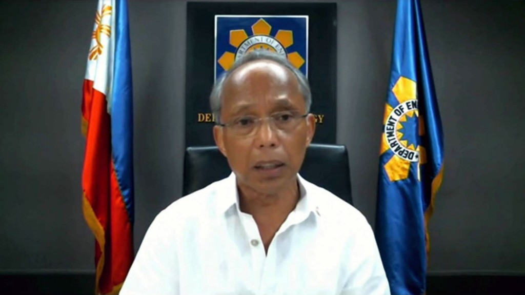 His Excellency Alfonso Cusi from the Philippines who joined in the 1st panel session on Day 1