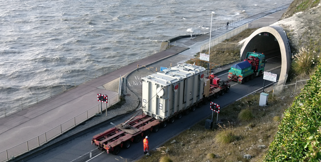 365 MVA (megavolts-amperes) on the move: One of our converter transformers passes through Ramsgate, UK.