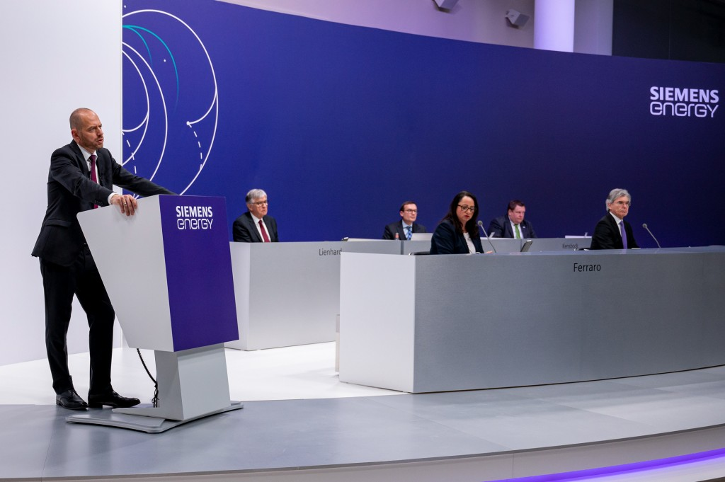 The Executive Board and the Supervisory Board answered 401 questions from 101 shareholders at Siemens Energy's first Annual Shareholders' Meeting.