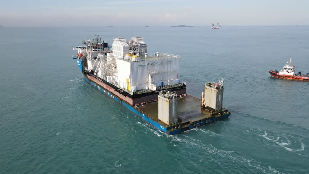 floating power plant with steam turbine SST-600