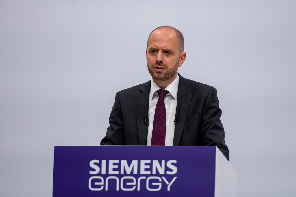 Christian Bruch, CEO of Siemens Energy, reports on fiscal year 2020 at Siemens Energy's first Annual Shareholders' Meeting.