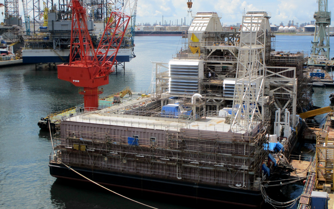 Construction of the SeaFloat barge in Singapore