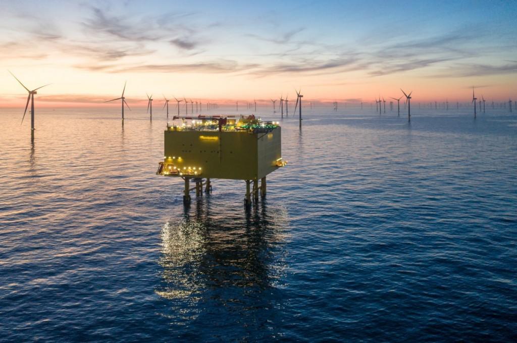 Bringing energy efficiently to shore