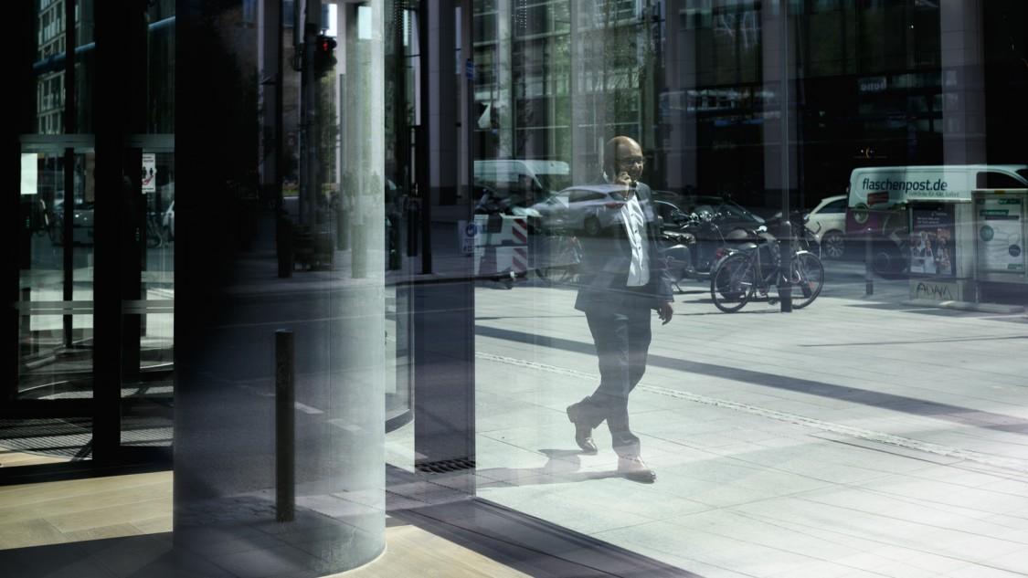 Business Owner Hamed Hossain in the city of Frankfurt